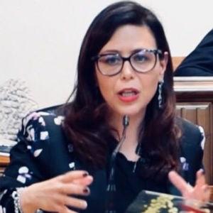 Fabrizia Rosetta Arcuri è una communication manager ed esperta nei processi di comunicazione.