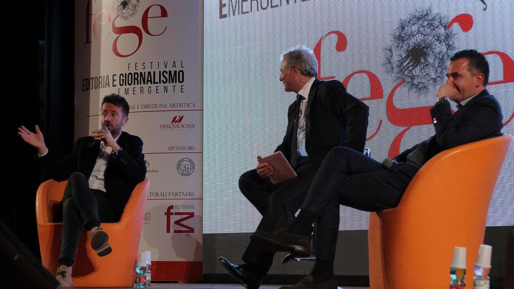 Il talk e la premiazione di Andrea Scanzi in occasione del Premio Castrolibero – Memorial Oliviero Beha svolto il 13 Aprile 2018 con Piero Muscari e Orlandino Greco.