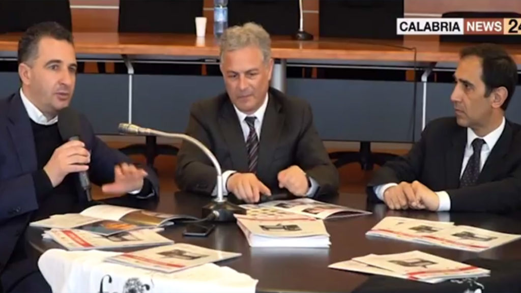 landino Grecopresenta la prima edizione diFegealla conferenza stampa svolta venerdì 6 Aprile presso la sala consiliare di Castrolibero. Servizio diCalabria News 24
